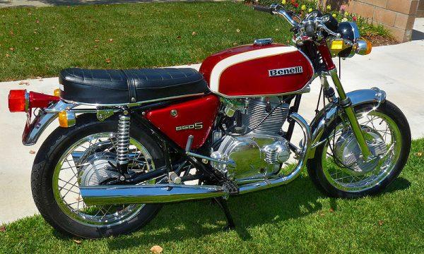 BENELLI TORNADO 650 S e S2 – (1971/1975) – Italia