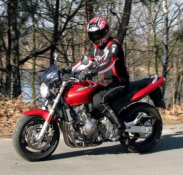 Honda_CB600F_Hornet_1998_
