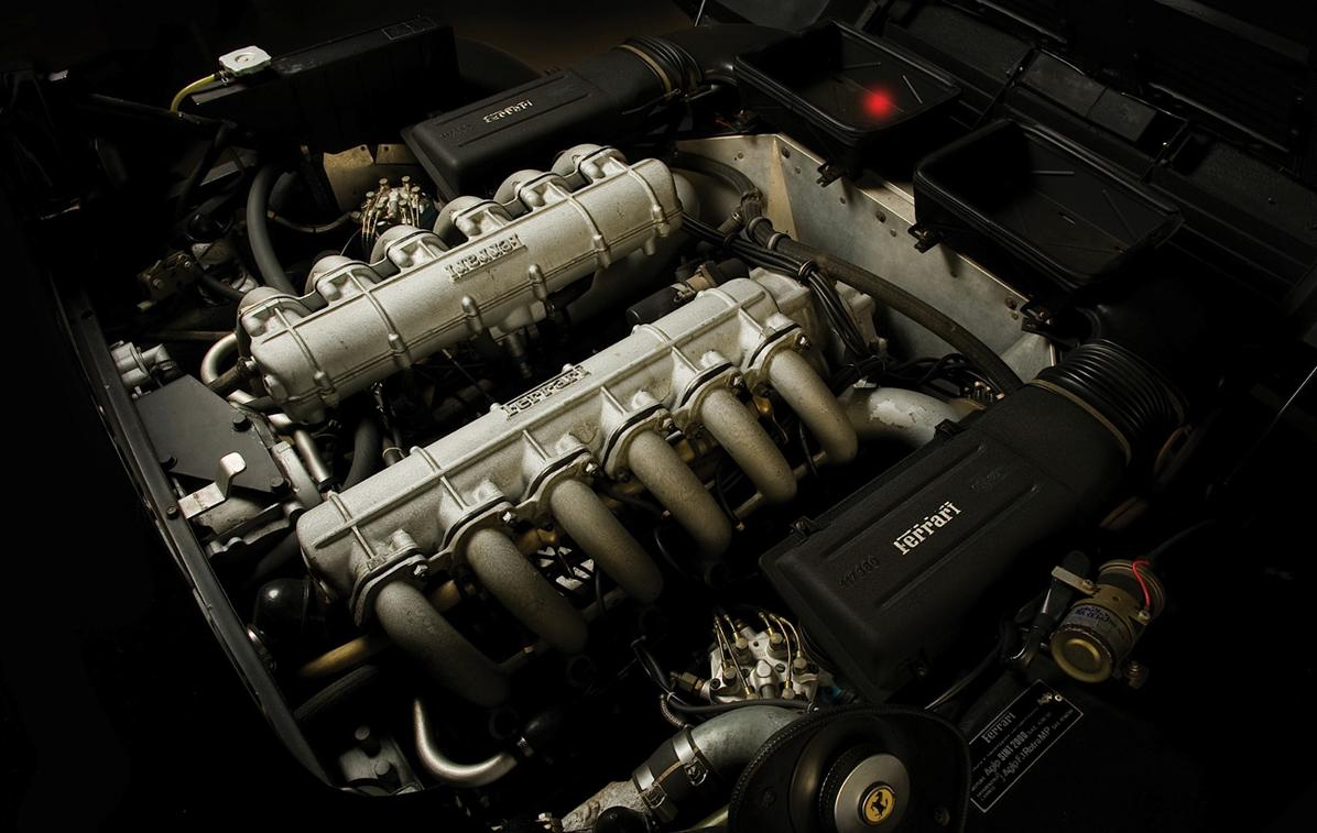 ferrari-512-bbi-motore