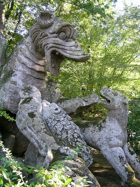 Parco dei Mostri - Drago con Leoni -