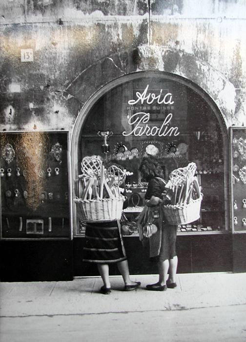 Venditrici di Battipanni negli anni '50