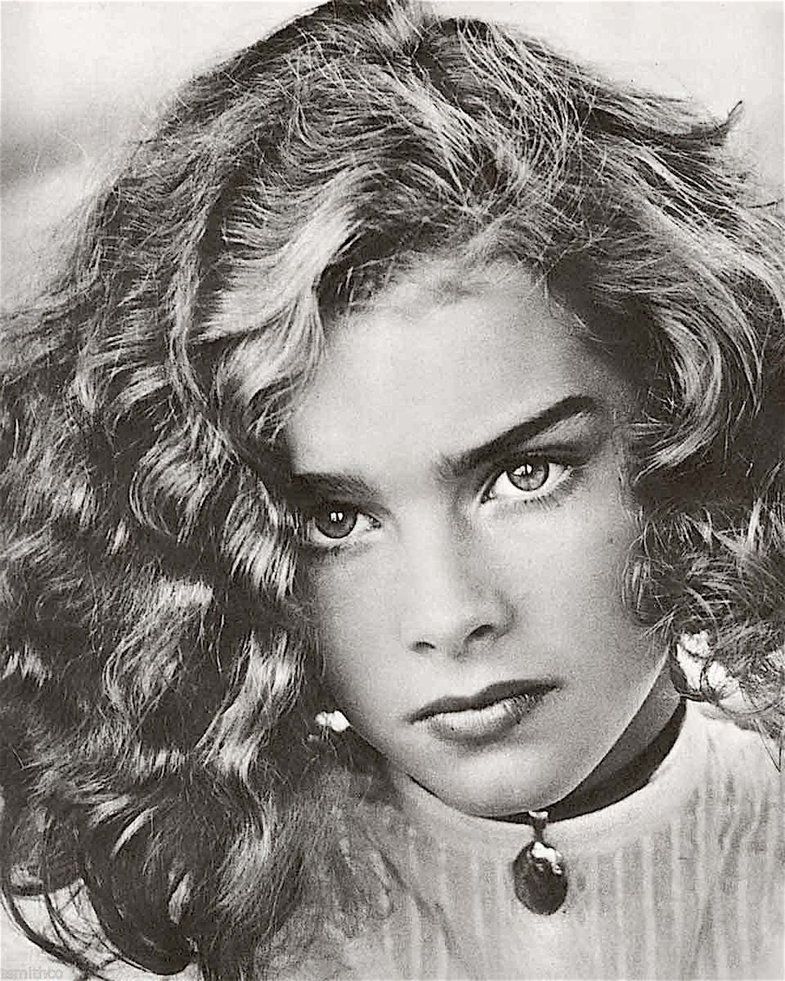 brooke_shields_very_young