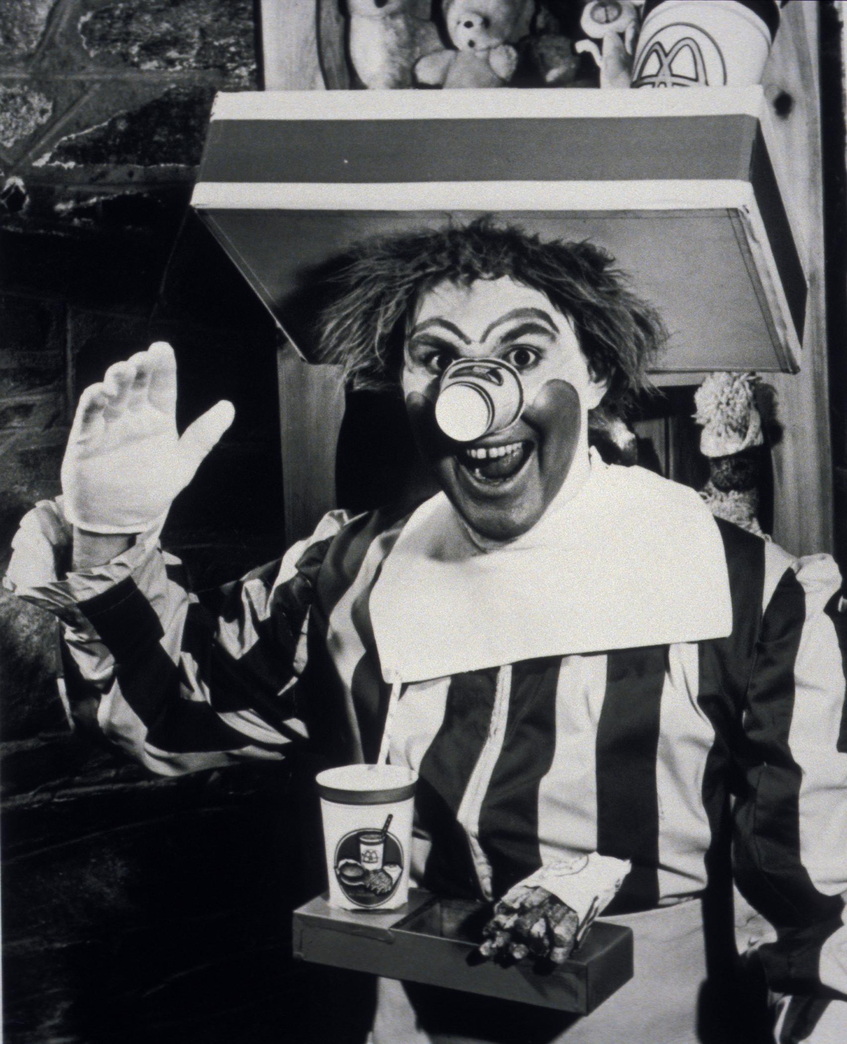 Ronald McDonald fa la sua piima apparizione 1963