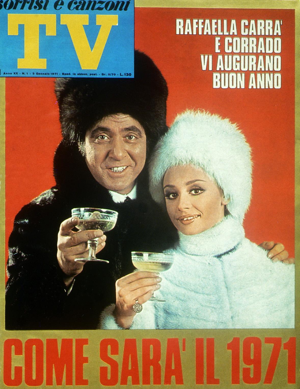 Sorrisi e Canzoni TV - Copertina con Corrado e Raffaella Carrà - 1971 -