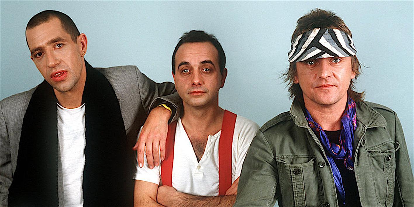 Trio-Drummer l‰sst sich zum 65. ¸berraschen