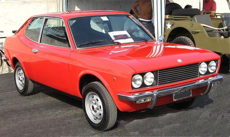 Fiat 128 Coupé SL del 1972