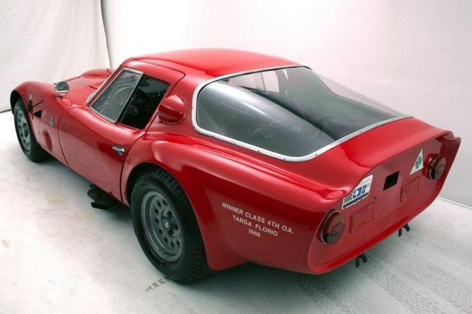 Alfa Romeo Zagato TZ2 - Vista posteriore -