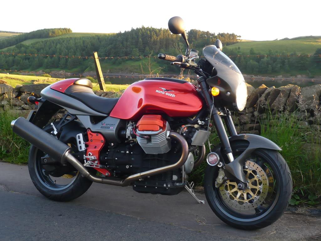 Moto Guzzi V11 Rosso Mandello