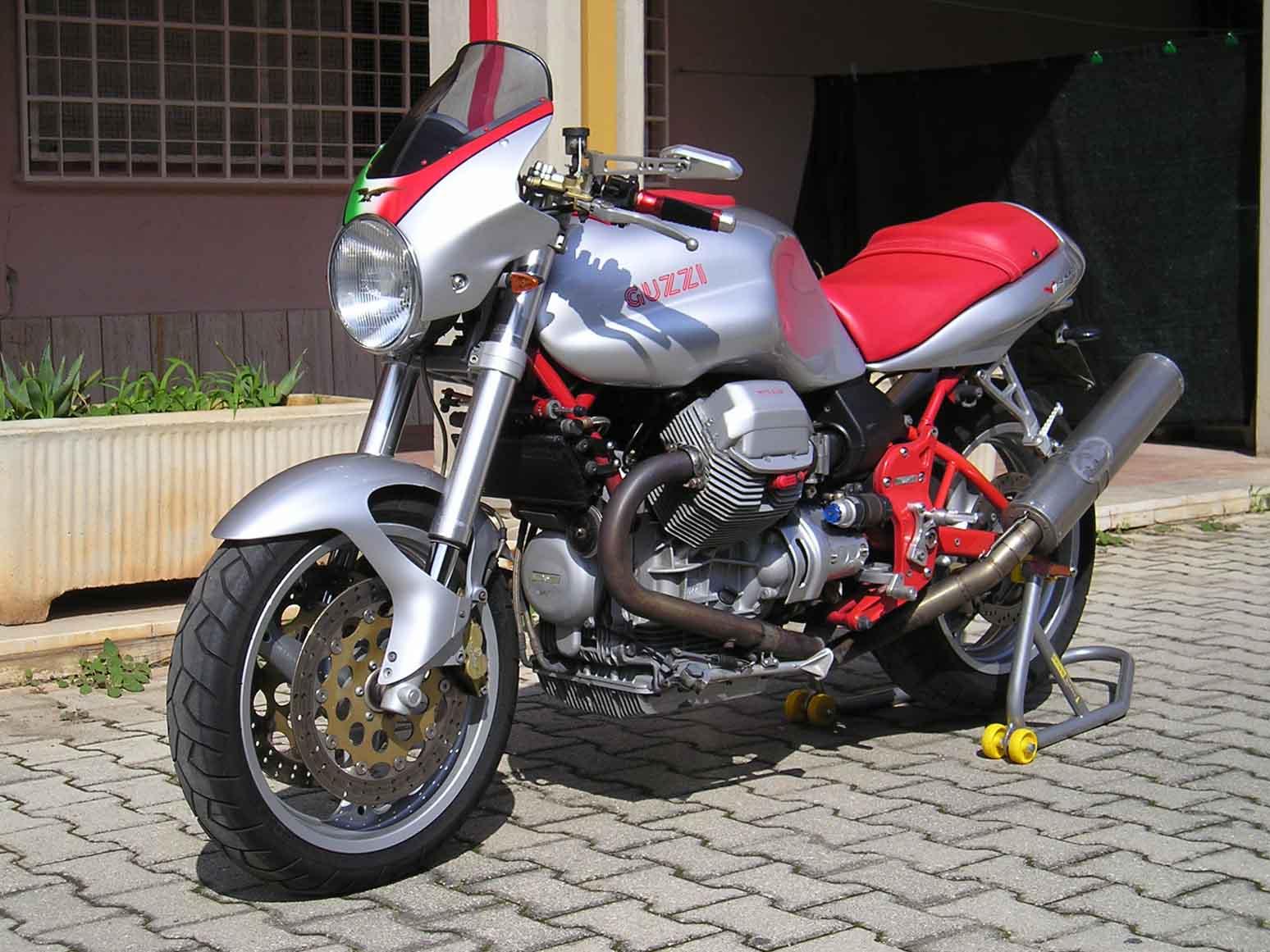 Altro bel modello di V11 Sport