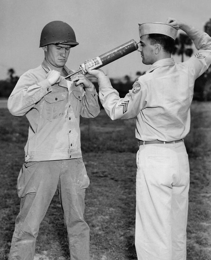 DDT_WWII_soldier