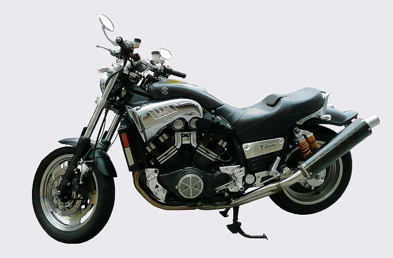Yamaha Vmax caratteristiche