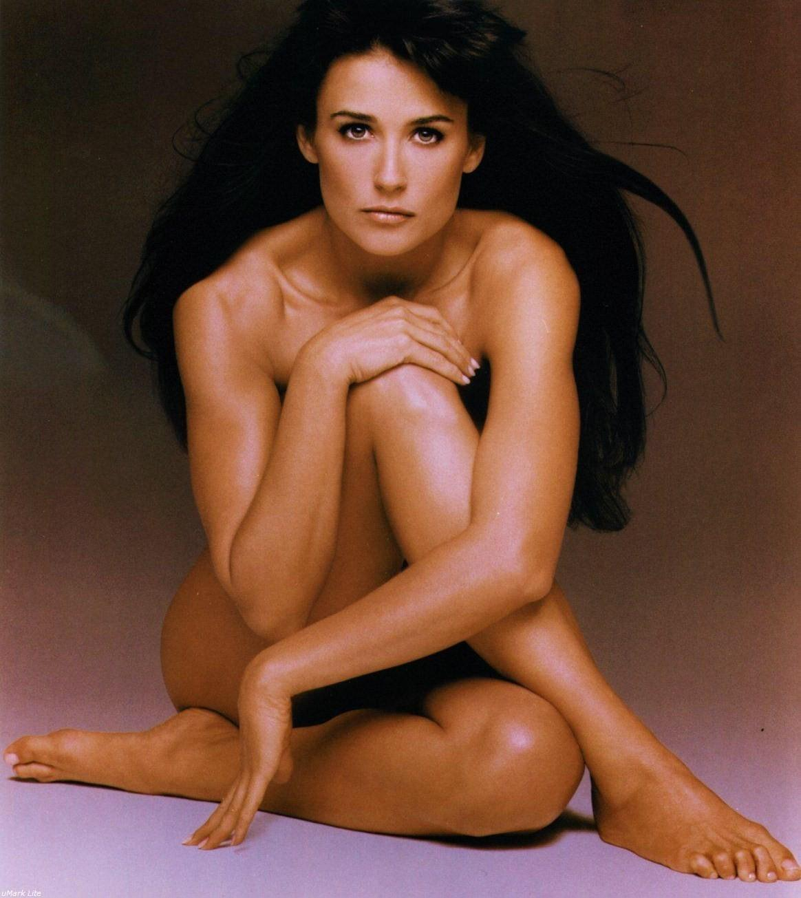 demi-moore-feet-ghost