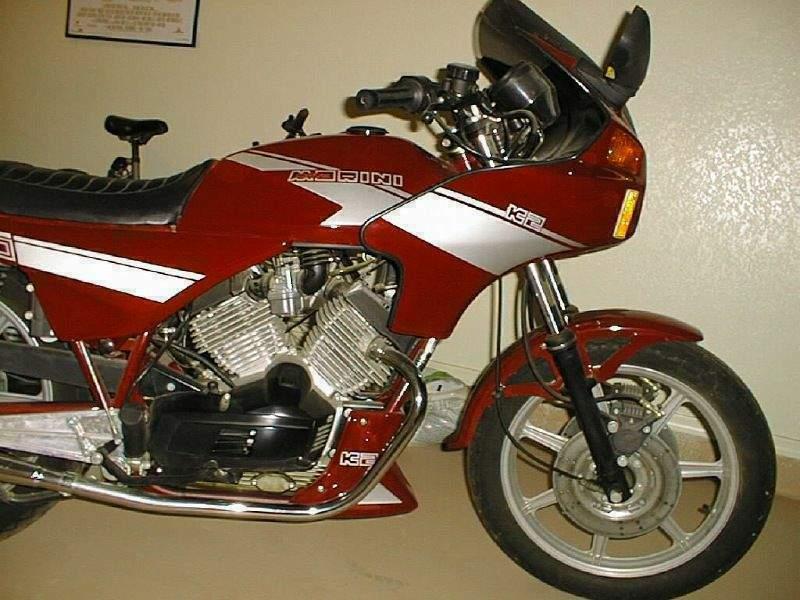 Moto Morini 350 K2 del 1984 livrea Rossa/Argento