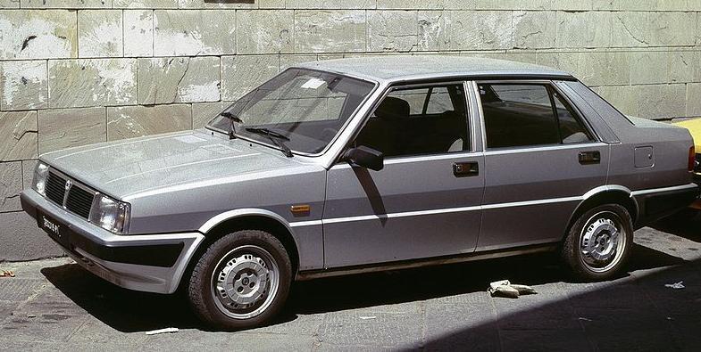 Lancia_Prisma_1984