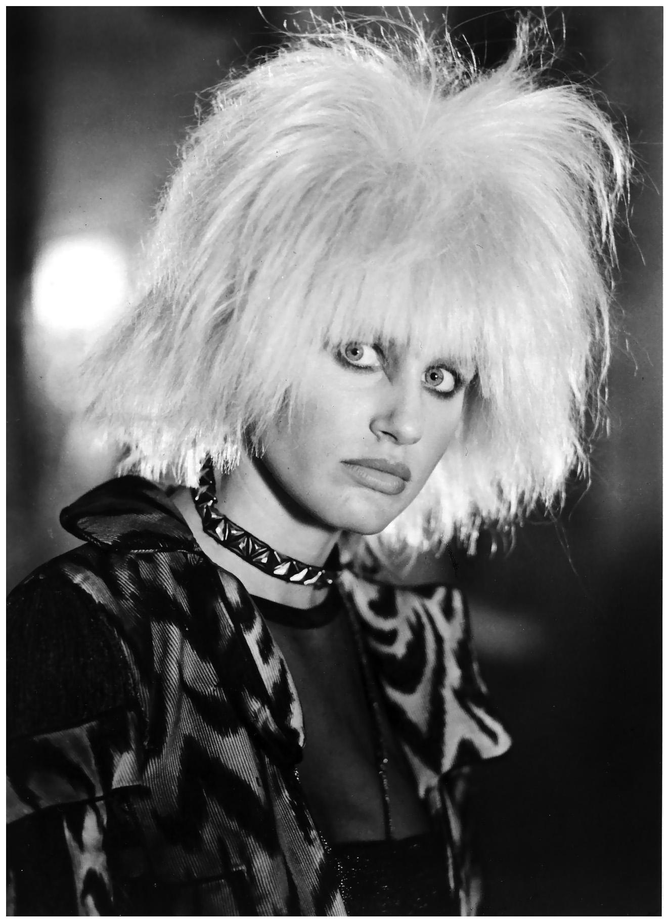 daryl hannah blade runner – Vogue – Photo Michael Comte 1992 © Pleasurephoto