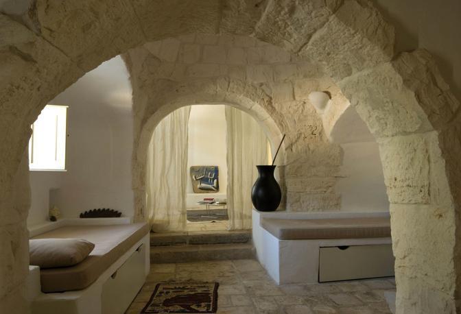 Trulli di alberobello luoghi misteriosi d 39 italia curiosando for Grande arredo mobili bari