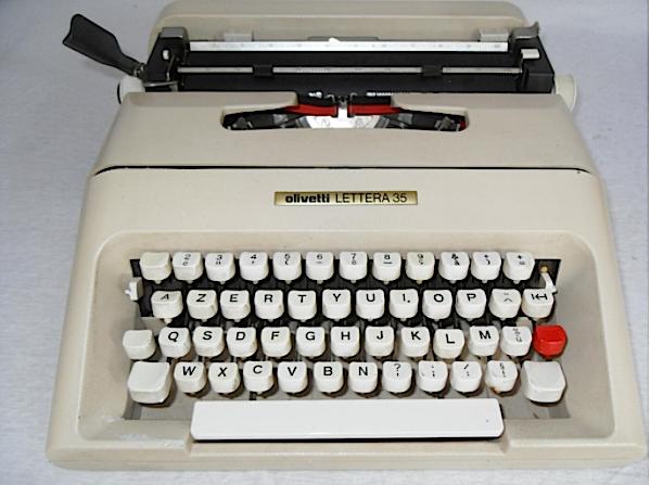macchina_scrivere_olivetti_lettera_35