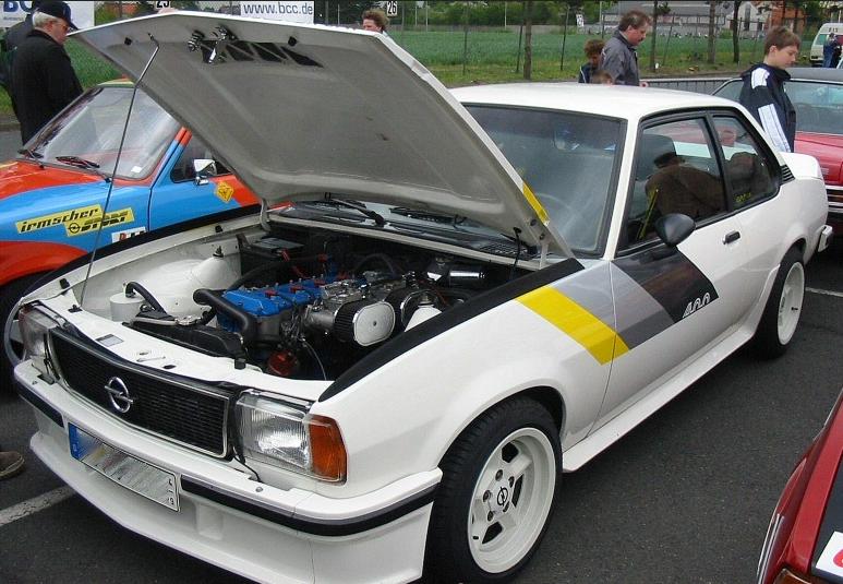 opel ascona 400 motore