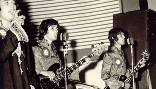 i collage gruppo musicale anni 70