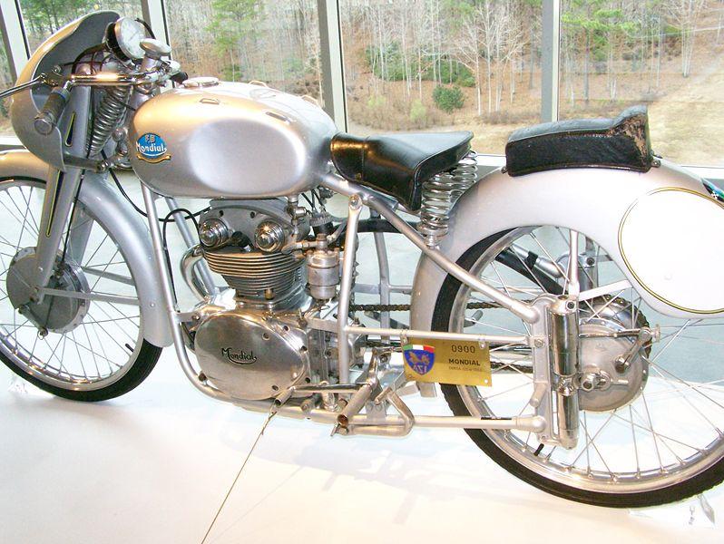 Una Mondial 125 MA del 1952