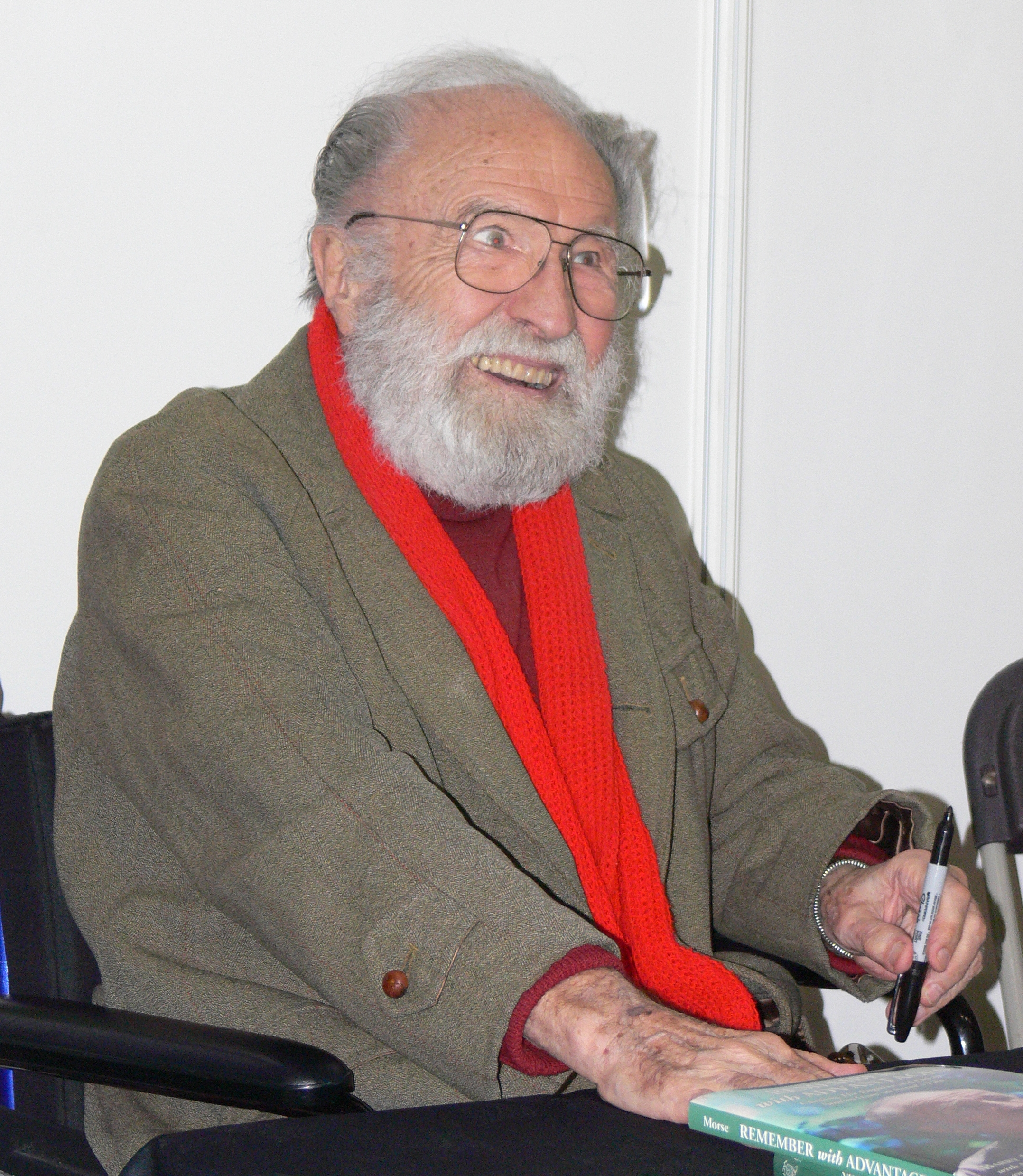 Barry Morse oggi spazio 1999
