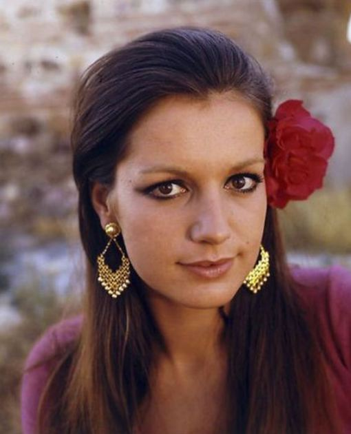 CATHERINE-SPAAK-ANNI-70