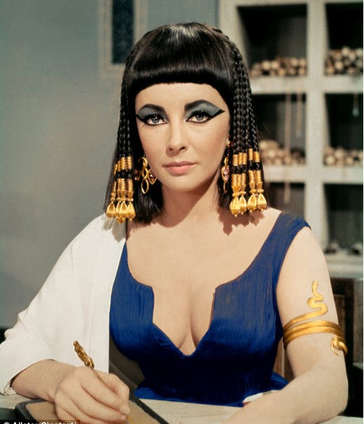 elizabeth-taylor-cleopatra-20th-century-fox-1