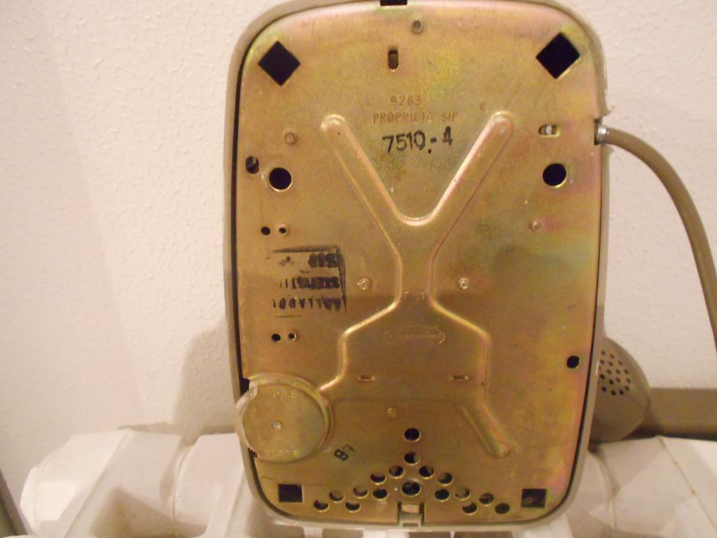 Telefono bigrigio siemens sip 1962 1993 oggetti passato - Telefoni a parete ...