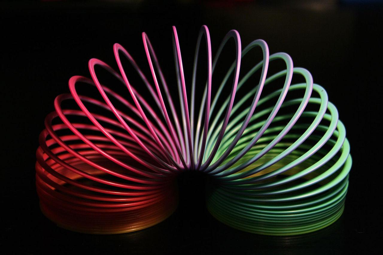 Slinky_rainbow