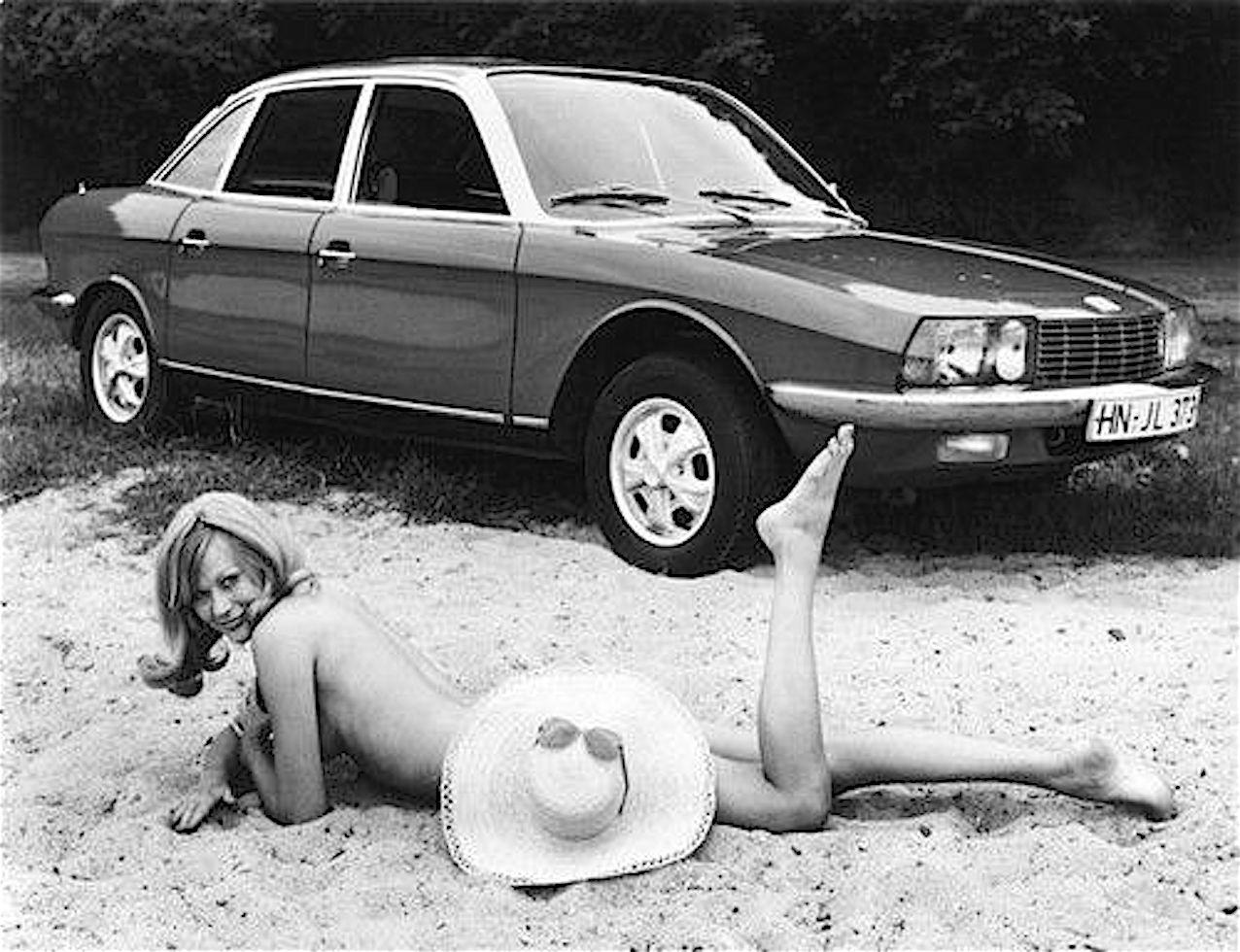 Volswagen_ro_80_pubblicità_donna_anni_70