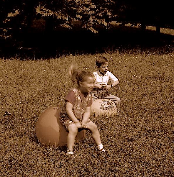 Pallone_pon_pon_giocattolo_vintage_1972