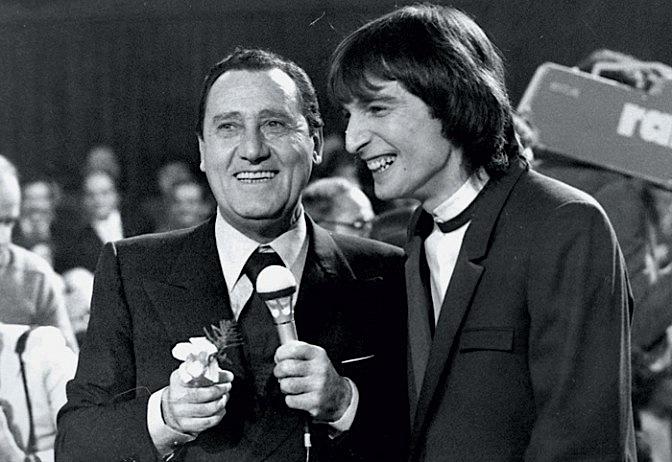Claudio_cecchetto_sanremo-sordi-cecchetto-1981