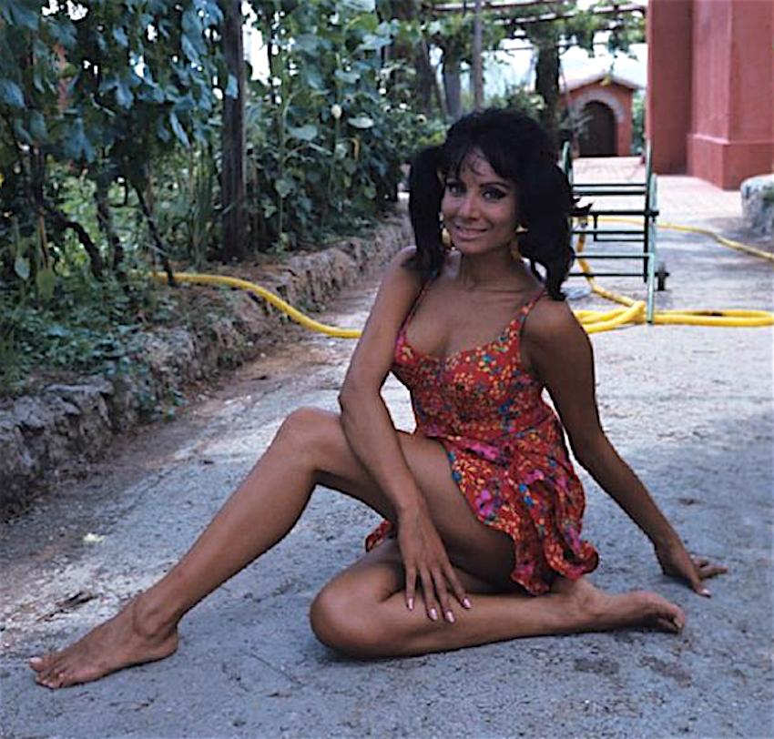 maria-grazia-buccella-attrice-sexi-anni-60