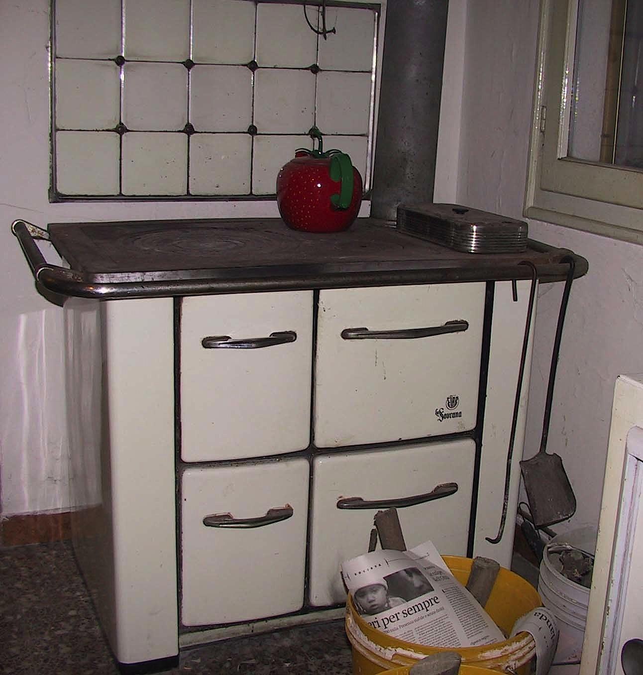 cucina_economica_la_sovrana_stufa-legna2