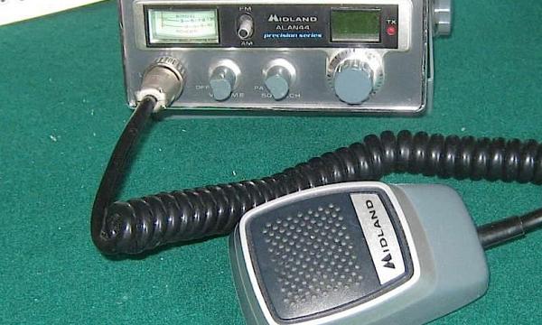 Quando diventammo tutti RADIOAMATORI CB – (anni '60 e '70)