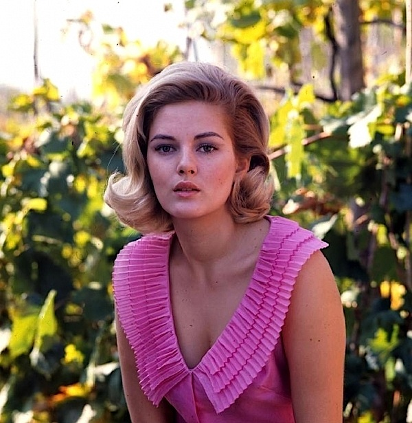 Beba loncar mitica attrice anni 60 e 70 come era e come for Swissgear geneva 19