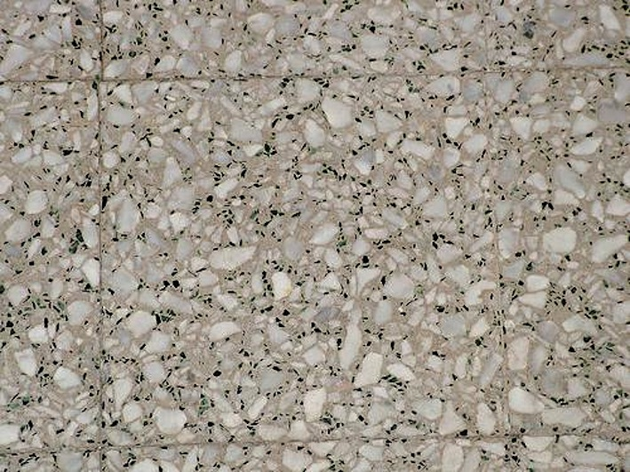 Pavimentazione per interni in graniglia