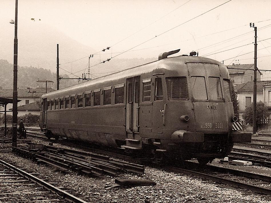 treno_aln_990.3001-aulla-1975