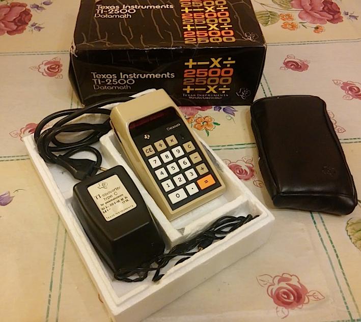 calcolatrice_texas_datamach_ti_2500_scatola
