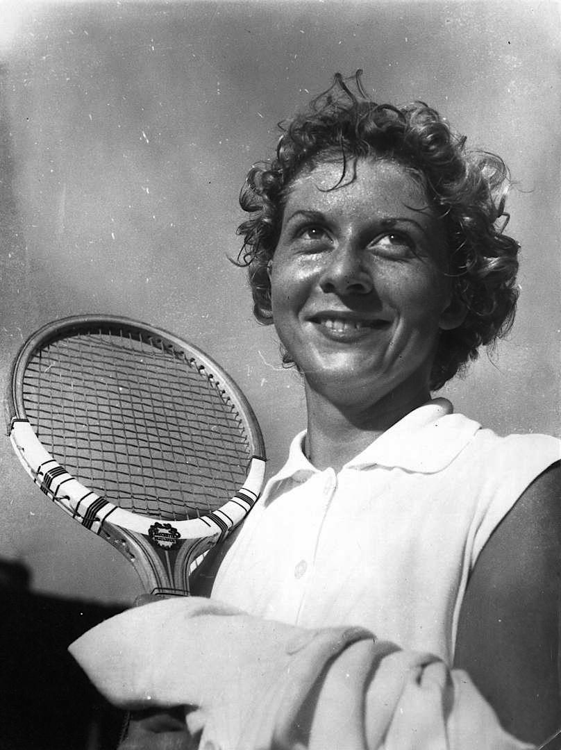 Lea_pericoli_anni_50_tennis