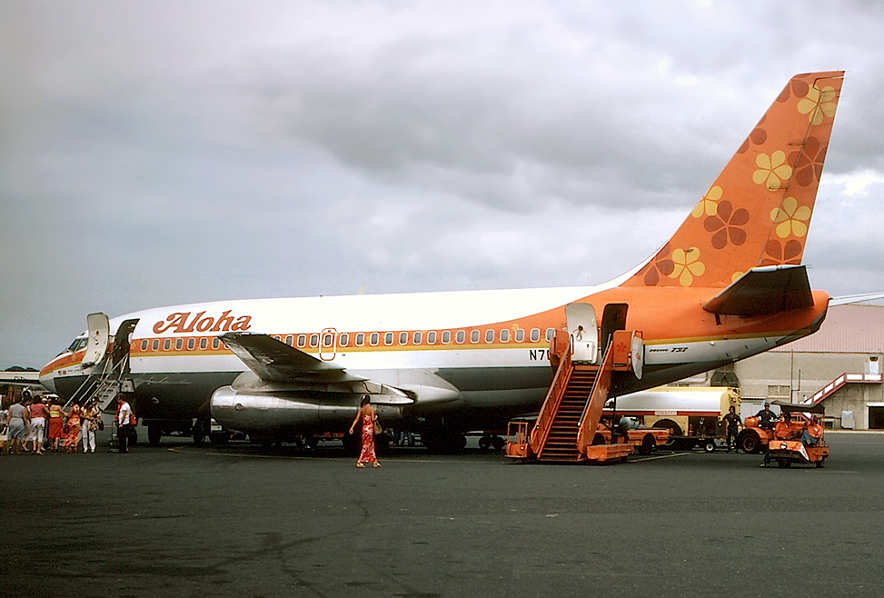 Aloha_Airlines_Boeing_737-200_Silagi-