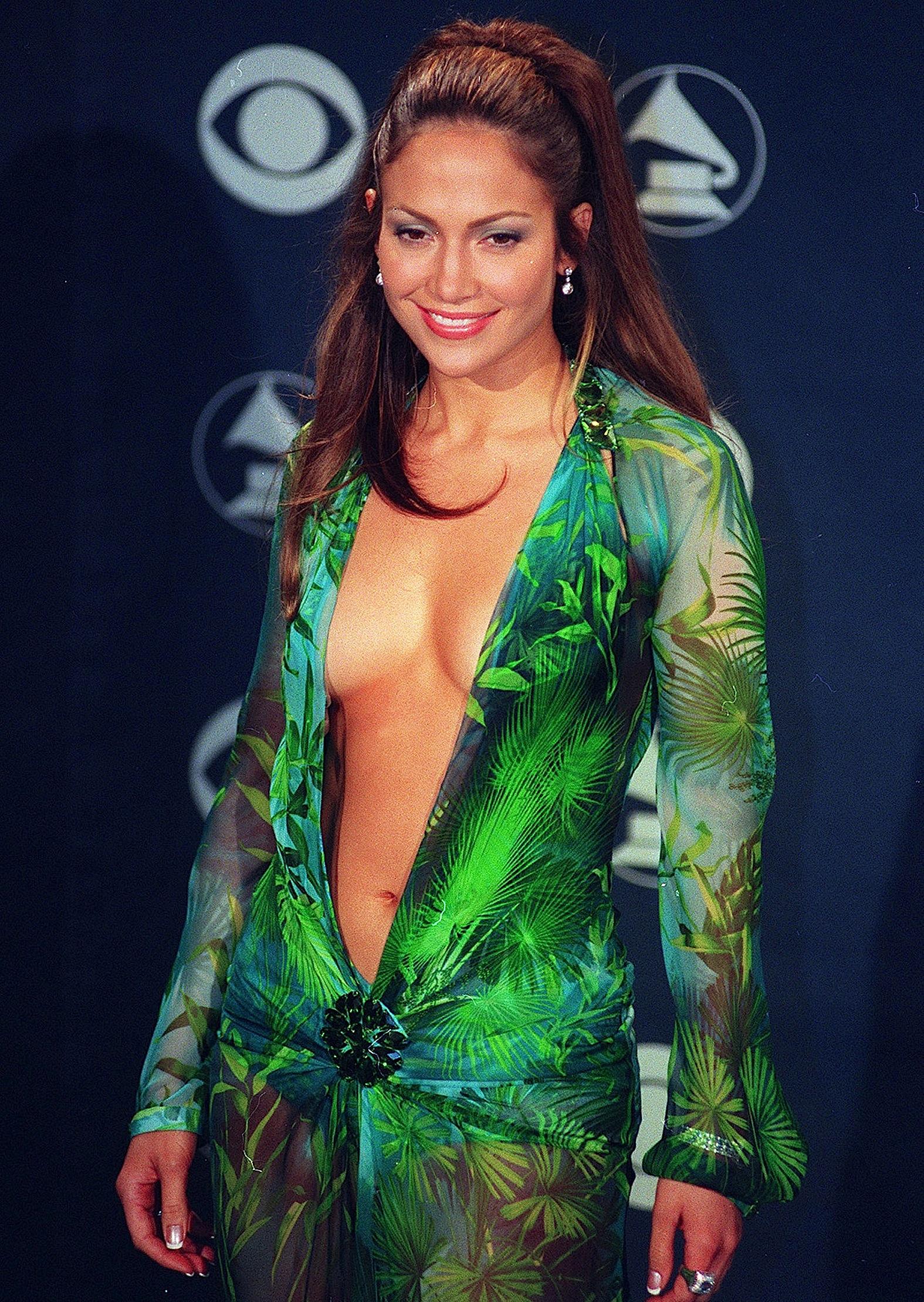 Jennifer-Lopez-vestito-versace