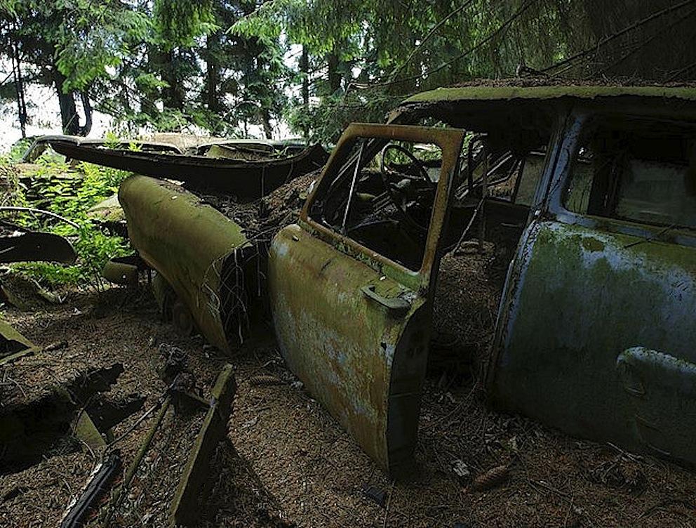 chatillon belgio auto epoca abbandonate