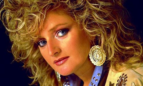 TOTAL ECLIPSE OF THE HEART – Bonnie Tyler – (1983)