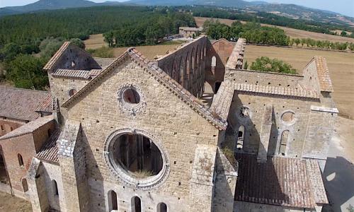 Curiosità e Misteri d'Italia – ABBAZIA DI SAN GALGANO