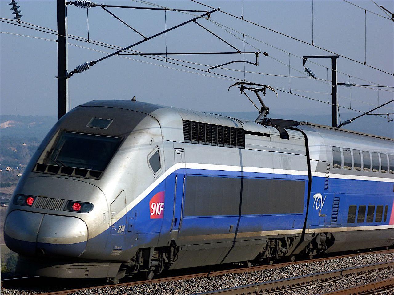 TGV_Duplex_274_(LGV_Sud-Est,_Bouches-du-Rhône