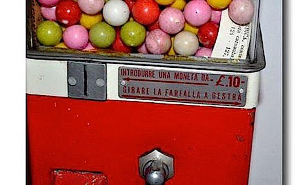 Distributori di PALLINE CHEWINGUM del passato – (Anni '50 '60 e '70)