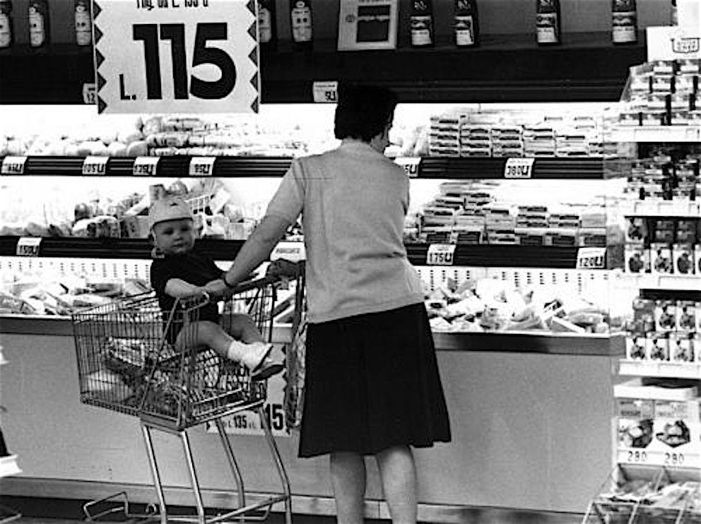 Standa supermercati storia e curiosit con oltre 15 foto for Negozi di belle arti milano