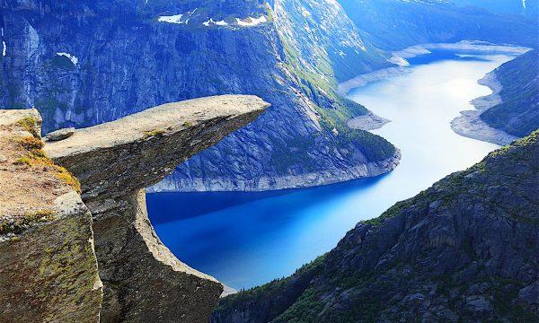 Curiosità dal mondo: PAESAGGI DA PAURA IN NORVEGIA (Preikestolen – Kjeragbolten – Trolltunga)
