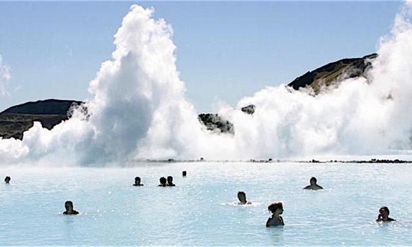 Curiosità dal Mondo – BLU LAGOON – (Islanda) – fare il bagno sotto zero